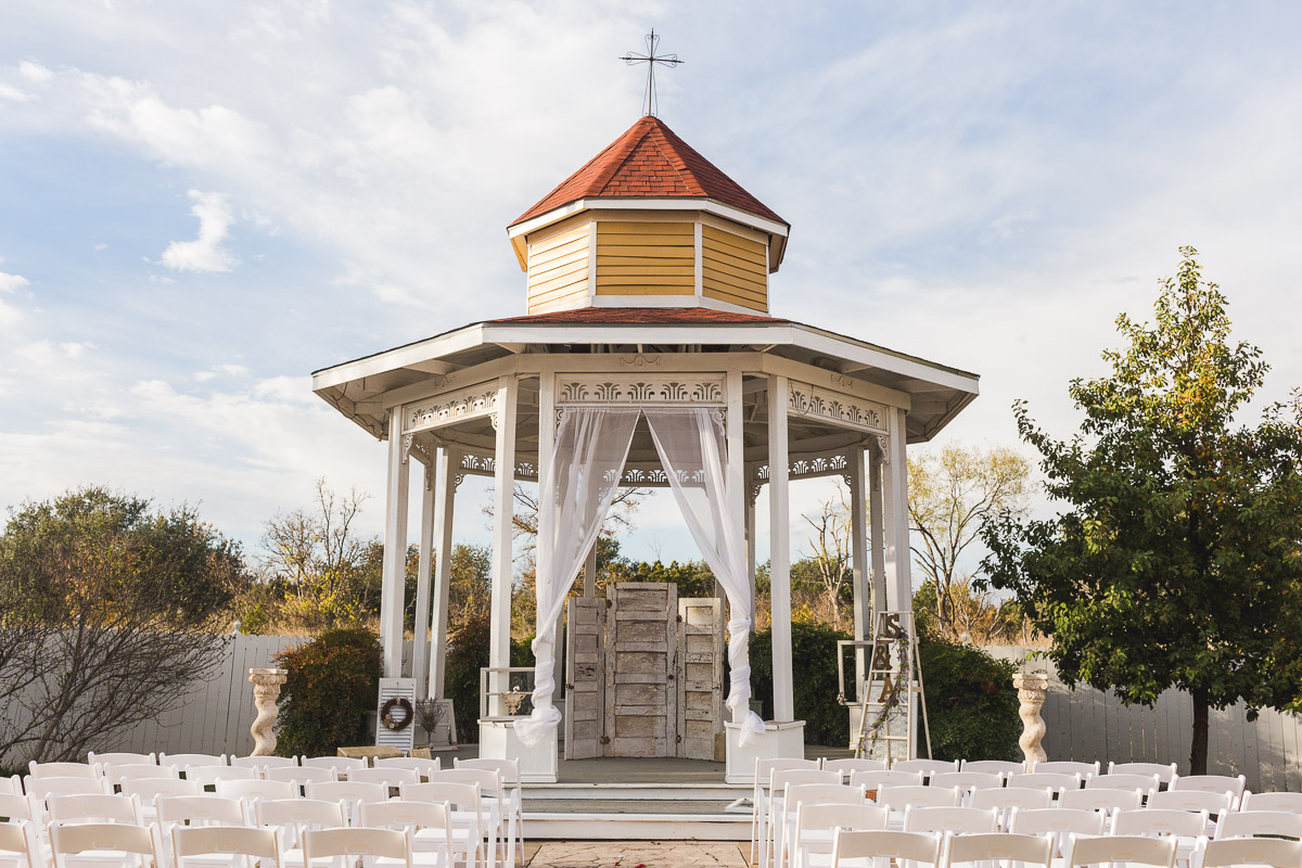 page house wedding georgetown texas chapel